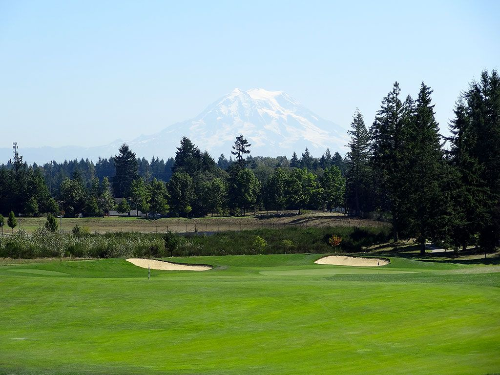 7th Hole at The Home Course (434 Yard Par 4)