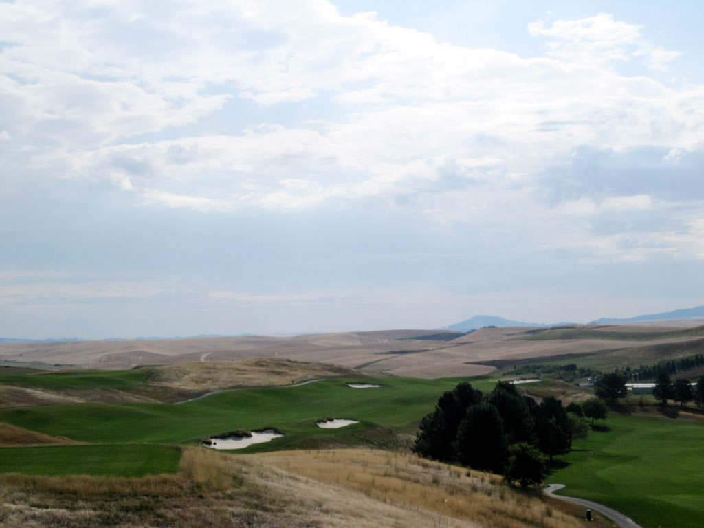 10th Hole at Palouse Ridge (626 Yard Par 5)