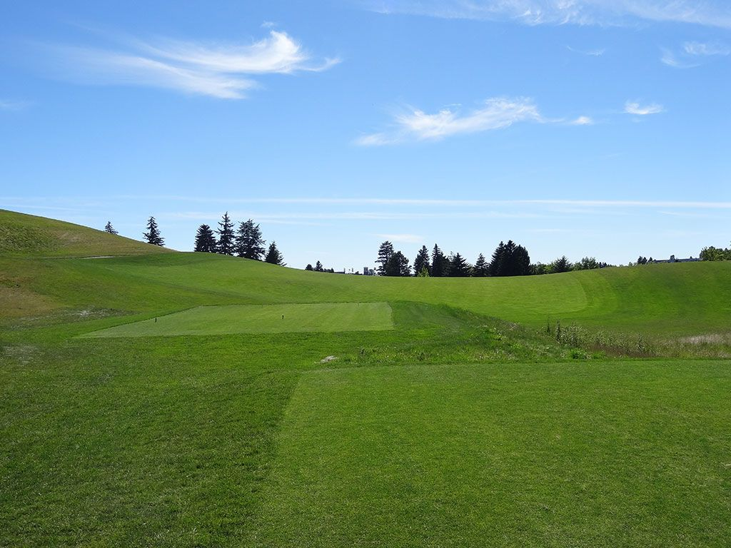 1st Hole at Palouse Ridge Golf Club (463 Yard Par 4)