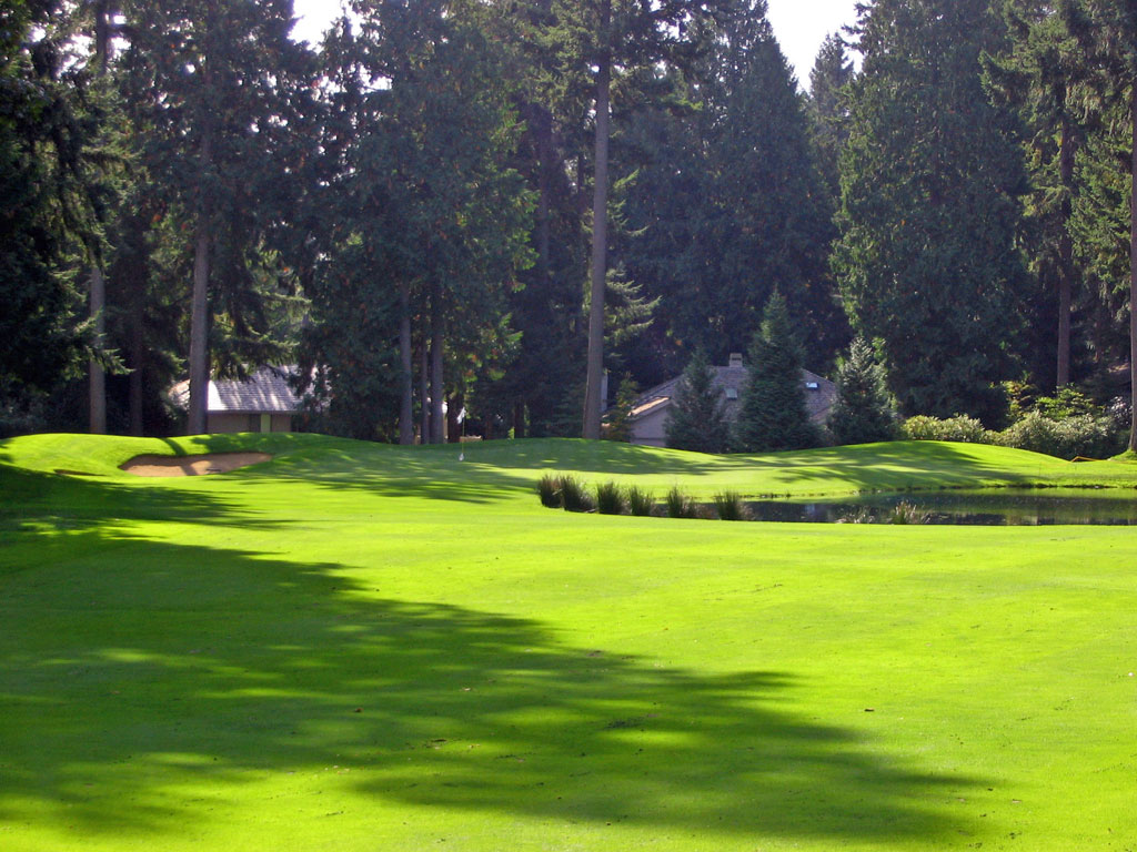 2nd Hole at Sahalee (509 Yard Par 5)