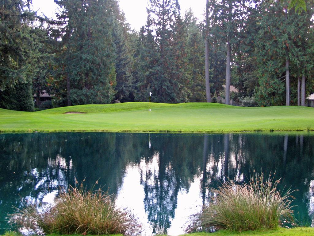 2nd Hole at Sahalee Country Club (509 Yard Par 5)