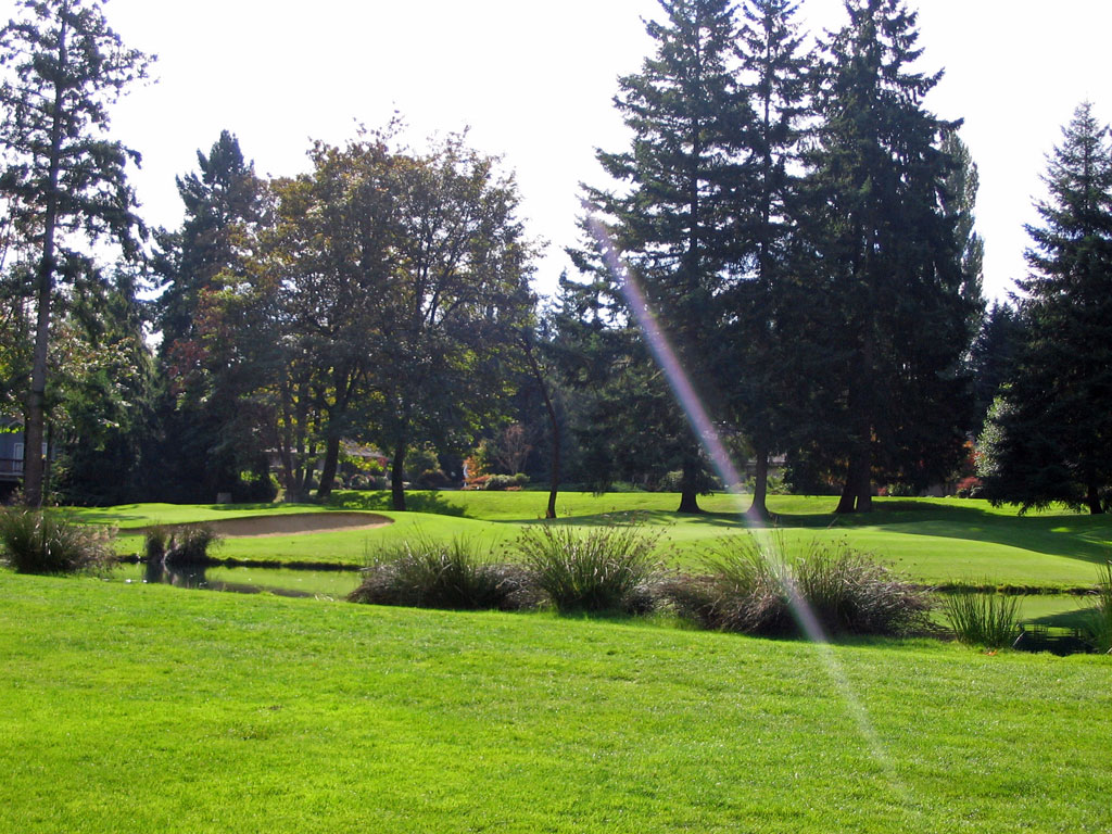 8th Hole at Sahalee (444 Yard Par 4)