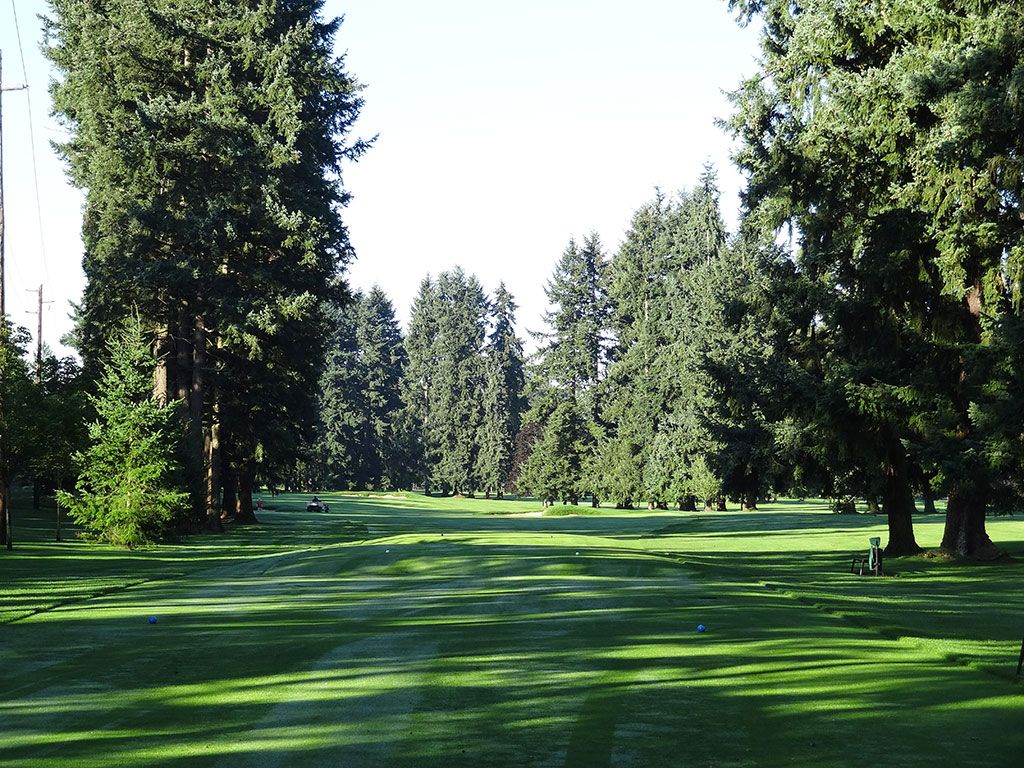 4th Hole at Tacoma Country and Golf Club (438 Yard Par 4)