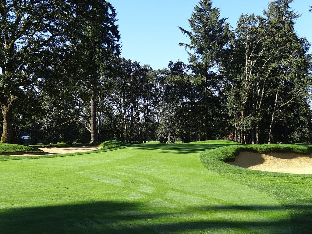 6th Hole at Tacoma Country and Golf Club (205 Yard Par 3)