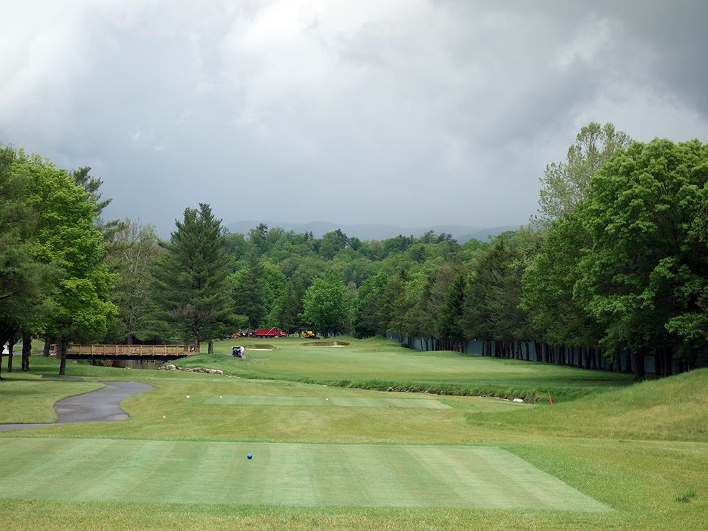 4th Hole at The (Meadows) Greenbrier (529 Yard Par 5)