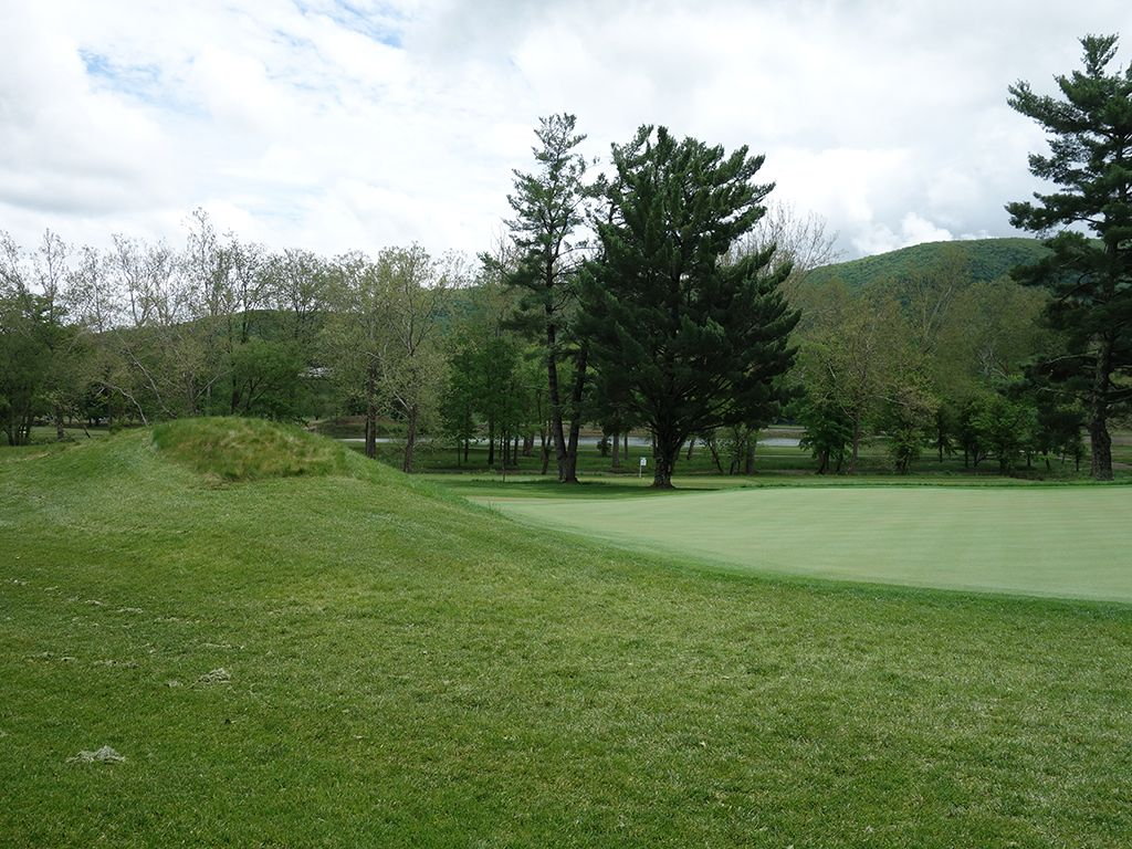 13th (Alps) Hole at The (Old White TPC) Greenbrier (496 Yard Par 4)