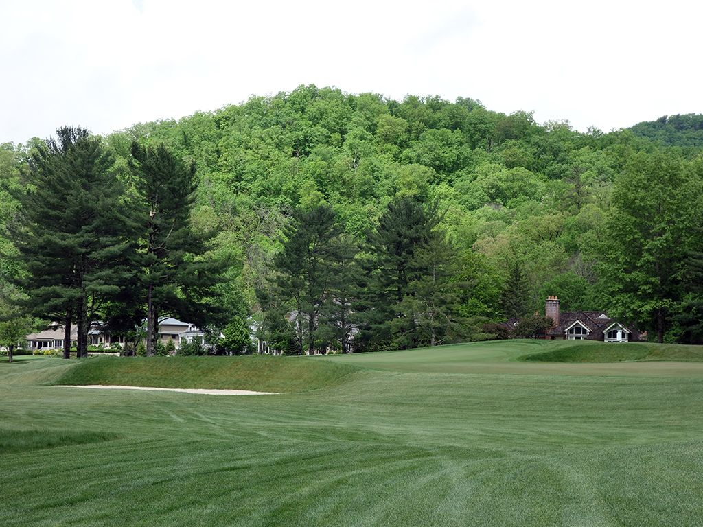 3rd (Biarritz) and 8th (Redan) Hole at The (Old White TPC) Greenbrier (208 and 236 Yard Par 3)
