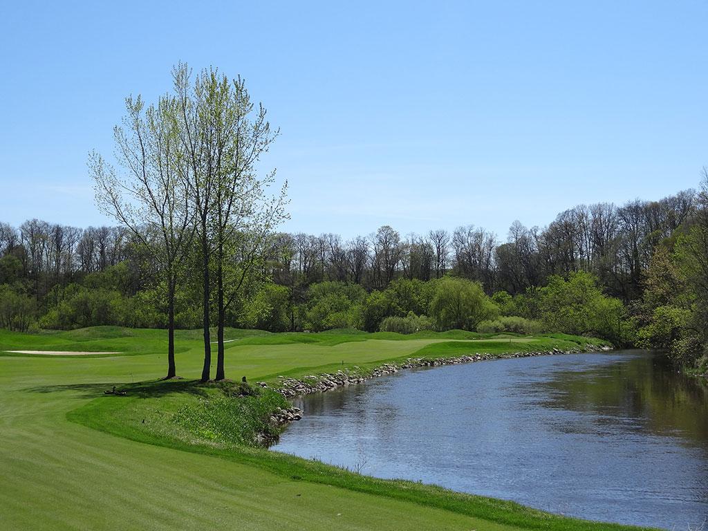 11th Hole at Blackwolf Run (River) (621 Yard Par 5)