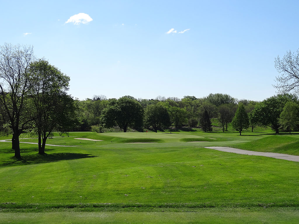 7th Hole at Blue Mound Golf and Country Club (167 Yard Par 3)