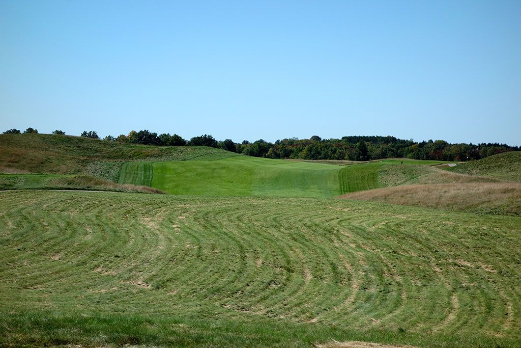 12th Hole at Erin Hills Golf Course (466 Yard Par 4)