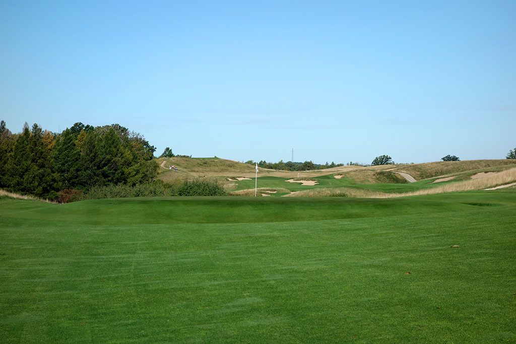 2nd Hole at Erin Hills Golf Course (363 Yard Par 4)