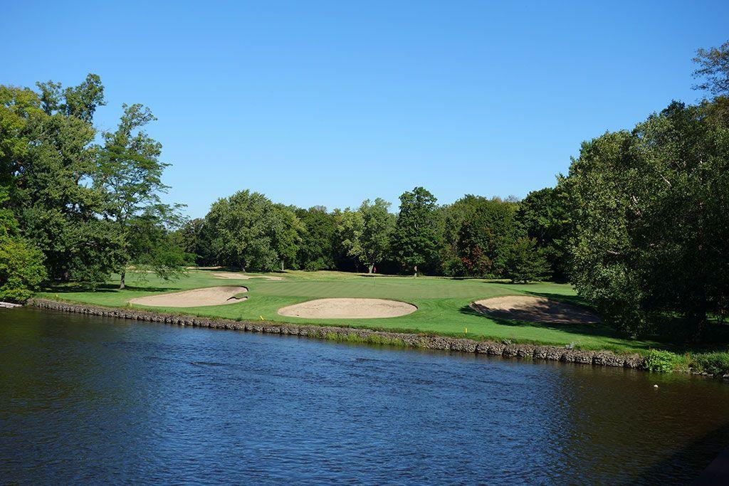 12th Hole at Milwaukee Country Club (190 Yard Par 3)