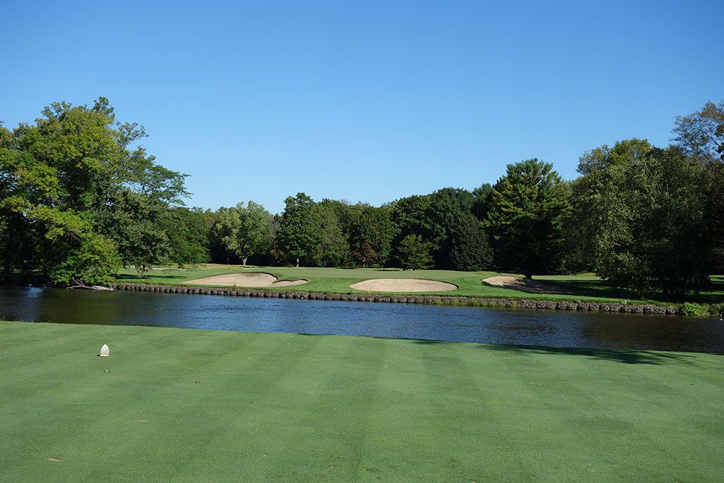 12th Hole at Milwaukee Country Club (190 Yard Par 3)