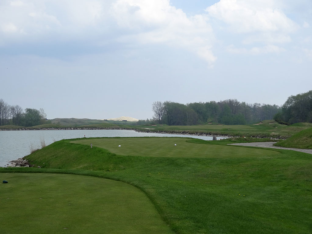 18th Hole at Whistling Straits (Irish) (558 Yard Par 5)