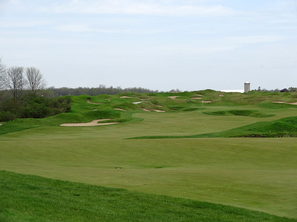 8th Hole at Whistling Straits (Irish) (555 Yard Par 5)