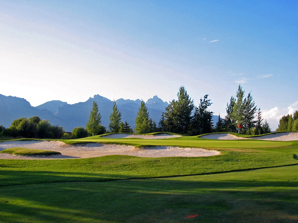 16th Hole at Jackson Hole Golf and Tennis (203 Yard Par 3)