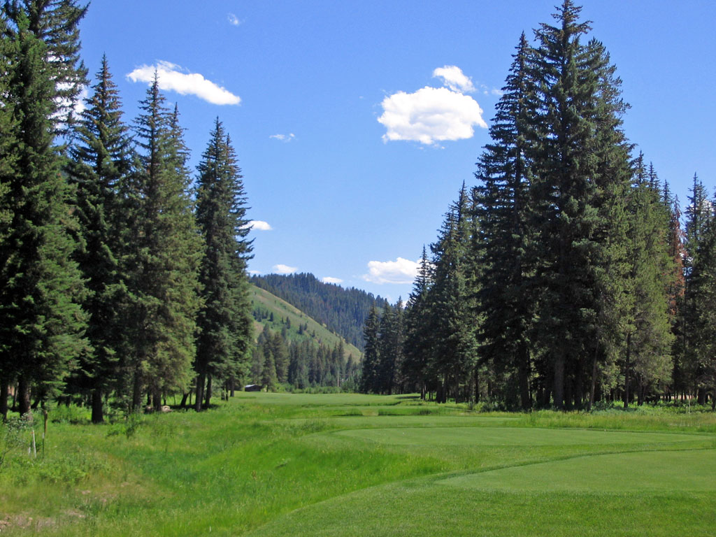 3rd Hole at Snake River Sporting Club (475 Yard Par 4)